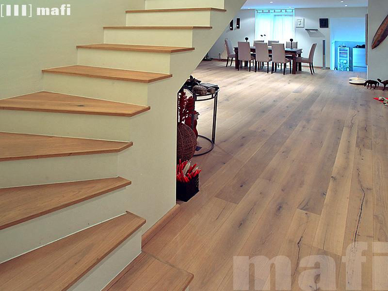 Timber Stairs I 2 Layer Engineered Tread Finished Edge I Mafi